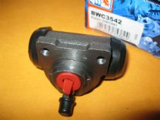 LANCIA DELTA 1.4i, 1.6i (93 on) NEW REAR BRAKE WHEEL CYLINDER - BWC3542